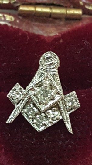 Antique Masonic Art Deco 14k WG 6 Round Cut Diamonds Pin