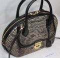 Salvatore Ferragamo Top Handle Bag Italy Winter Holiday Black Houndstooth Gold Leather Tote Salvatore Ferragamo Top Handle Bag Italy Winter Holiday Black Houndstooth Gold Leather Tote Image 8