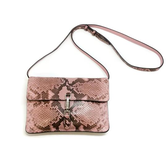 Preload https://img-static.tradesy.com/item/24300928/gucci-jackie-o-pink-python-skin-leather-shoulder-bag-0-1-540-540.jpg