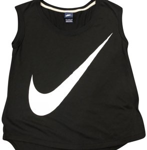 Black Nike Outerwear - Up to 70% off a Tradesy 80d225b7e