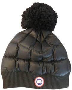 c782fb63aa0 Canada Goose Canada Goose Quilted Down Pom Beanie Hat size S M ( 195)