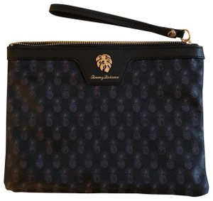 Tommy Bahama Wristlet in Pineapple (Black print w/ Gold hardware)