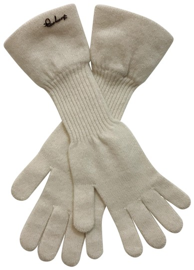 Preload https://img-static.tradesy.com/item/24304083/burberry-ivory-winter-gloves-scarfwrap-0-3-540-540.jpg