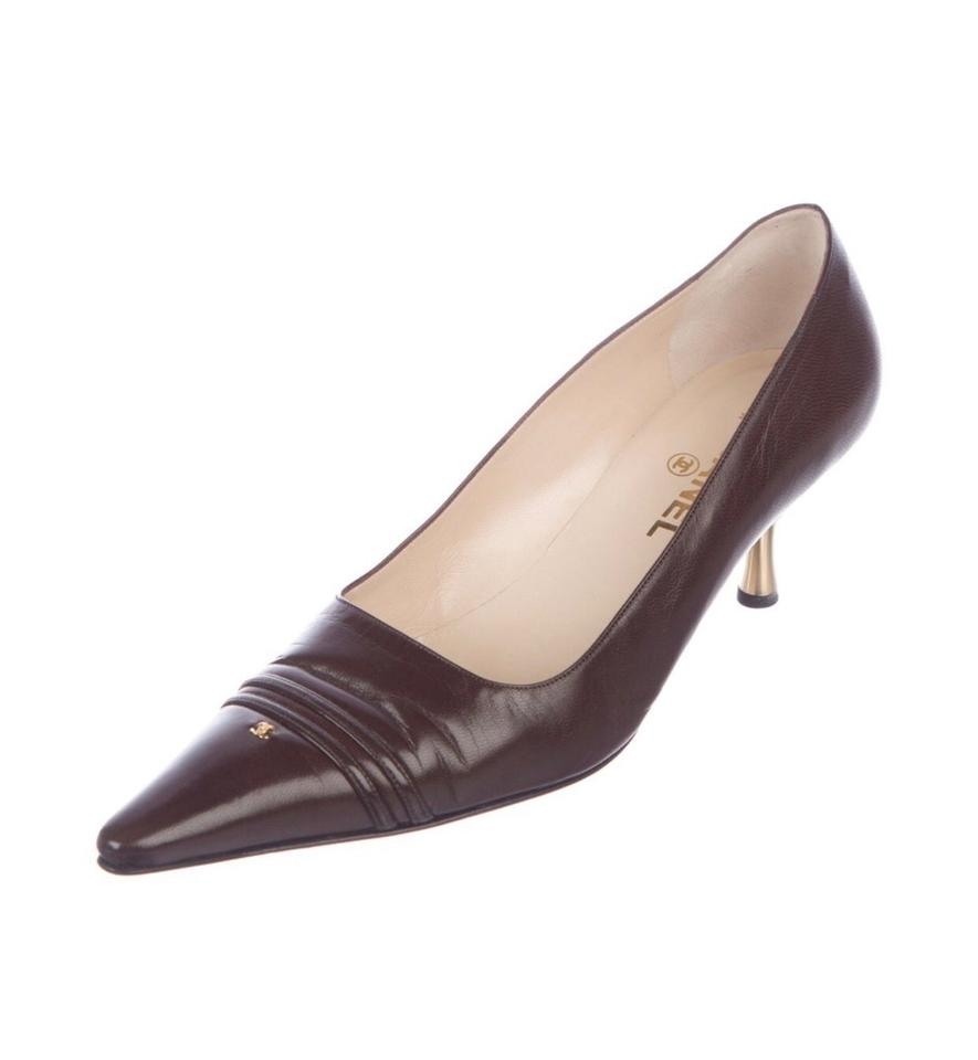 99e844eb5b69b Chanel Brown Leather Cap Toe Cc Pointed Toe Kitten Heels Pumps Size ...