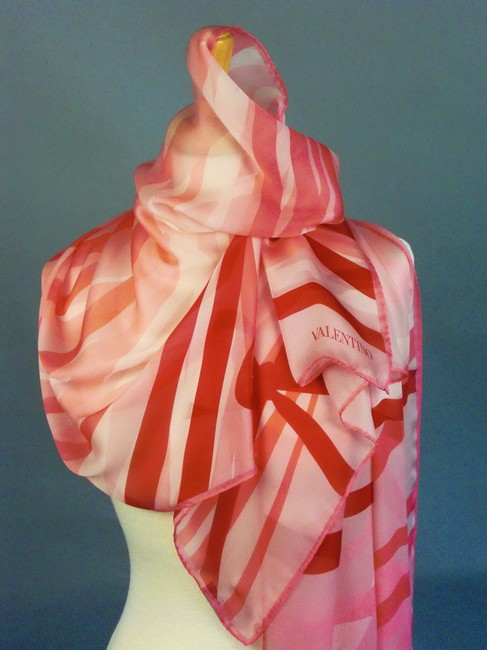 Item - Haute Love Pink Rose Red White Couture Silk Stole Wrap For Bride Bridesmaids Theme Decoration