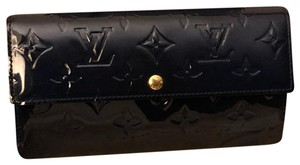 Louis Vuitton Louis Vuitton Sarah Wallet Monogram Vernis