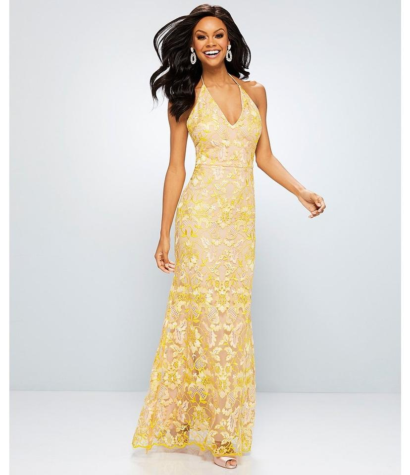 95a356c5e27 GB Yellow Nude Social Halter Neck Lace Gown Long Formal Dress Size 2 ...