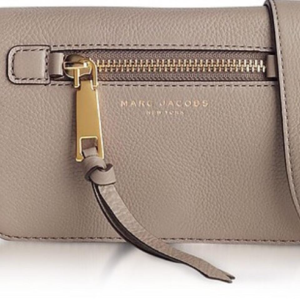 2ff409ebf Marc Jacobs Recruit Mink Grey Leather Exterior & Canvas Interior Cross Body  Bag