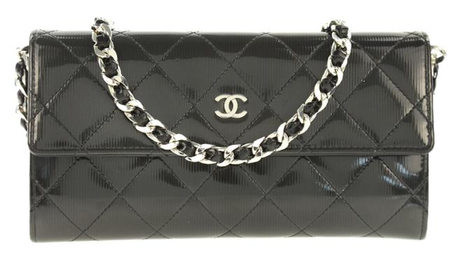 Item - on Flap Wallet with Chain Added Grey Patent Leather Cross Body Bag