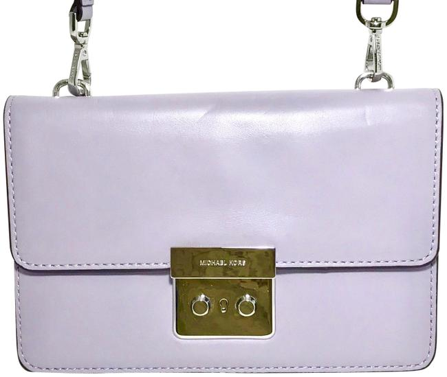 Item - Messenger New Sloan Small Gusset Lilac Purple Leather Cross Body Bag