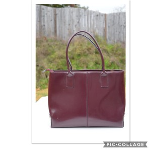 Arcadia Tote in burgundy