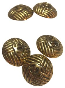 Chanel golden tone CC logo vintage buttons