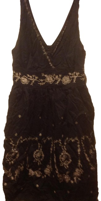 Item - Back and Beige In with Great Accents Mid-length Short Casual Dress Size 16 (XL, Plus 0x)