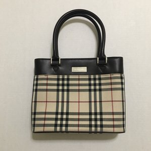 Burberry Tote in Brown / beige
