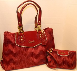 Coach New Set Satchel in Bordeaux Red/Gold