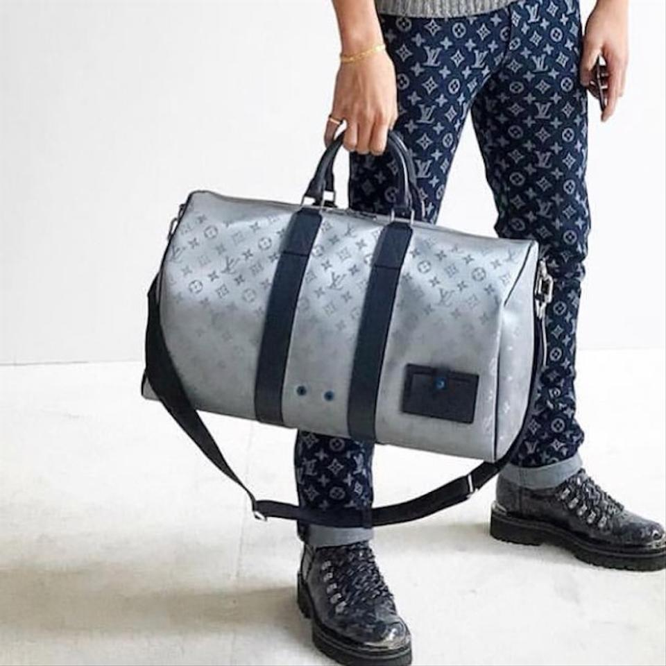 Louis Vuitton Duffle Keepall Satellite Galaxy Bandouliere 50 Monogram Lv  Silver Canvas Weekend Travel Bag - Tradesy 61799fcebccf1