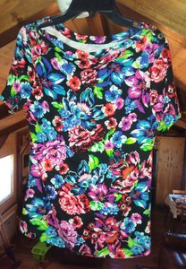 Rafaella Floral Tops Color Tops Comfortable Tops Sweater