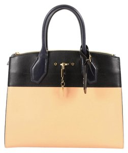 Louis Vuitton Handbag Leather Tote in pink and navy