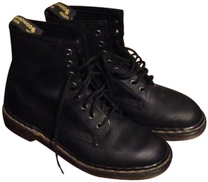 Dr. Martens Leather Classic Lace Up Black Boots