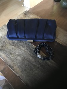 Nina Beaded Bracelet Navy Clutch