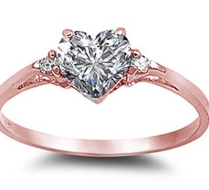 9.2.5 Gorgeous rose gold white sapphire heart cocktail ring size 6