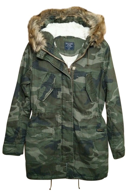 Preload https://img-static.tradesy.com/item/24312735/abercrombie-and-fitch-women-sherpa-faux-fur-hood-lined-parka-sm-jacket-size-6-s-0-1-650-650.jpg