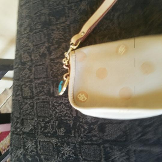 Dooney & Bourke Wristlet in taupe Image 2