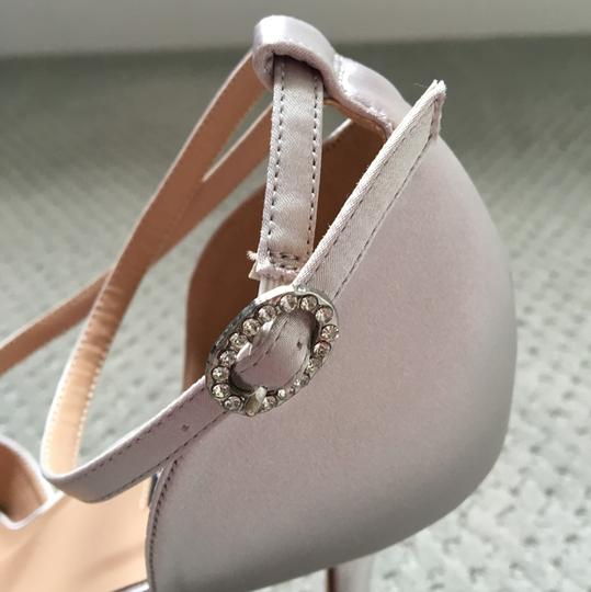 Other Gray Pumps Image 2