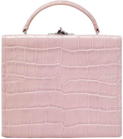 Preload https://img-static.tradesy.com/item/24313192/pop-and-suki-box-with-luggage-tag-mauve-croc-pink-nappa-leather-clutch-0-3-540-540.jpg