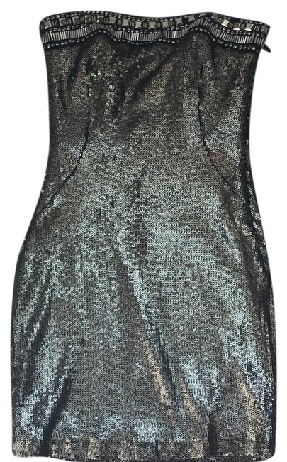 Preload https://img-static.tradesy.com/item/24313467/bebe-bronze-and-black-sequin-short-cocktail-dress-size-2-xs-0-3-650-650.jpg
