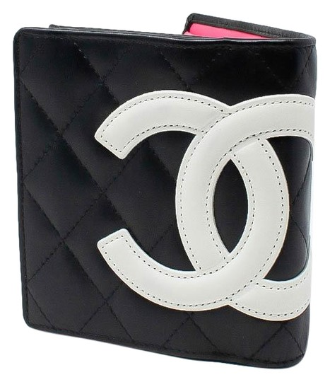Preload https://img-static.tradesy.com/item/24313481/chanel-black-cambon-quilted-219426-wallet-0-3-540-540.jpg