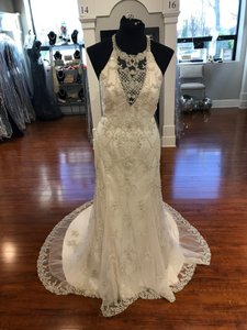 Sottero and Midgley Pearl/ Pewter Accent Beaded Lace Applique Felicia Sexy Wedding Dress Size 8 (M)