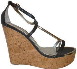 Shi by Journeys New With Box Platform High Heel Black and Tan Wedges