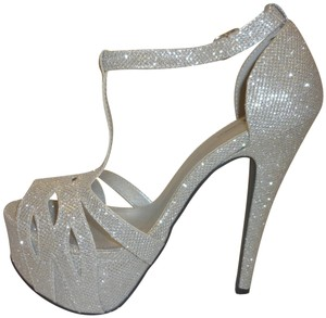 Shi by Journey New With Box Stiletto Strap Silver Platforms