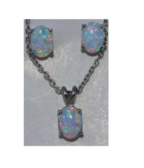 Preload https://img-static.tradesy.com/item/24314183/opal-oval-stud-pendant-925-sterling-silver-earrings-0-0-540-540.jpg