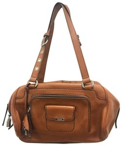 60948b970b Tod's Bags - 70% - 90% off at Tradesy