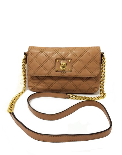 Preload https://img-static.tradesy.com/item/24314304/marc-by-marc-jacobs-the-single-nude-leather-cross-body-bag-0-0-540-540.jpg