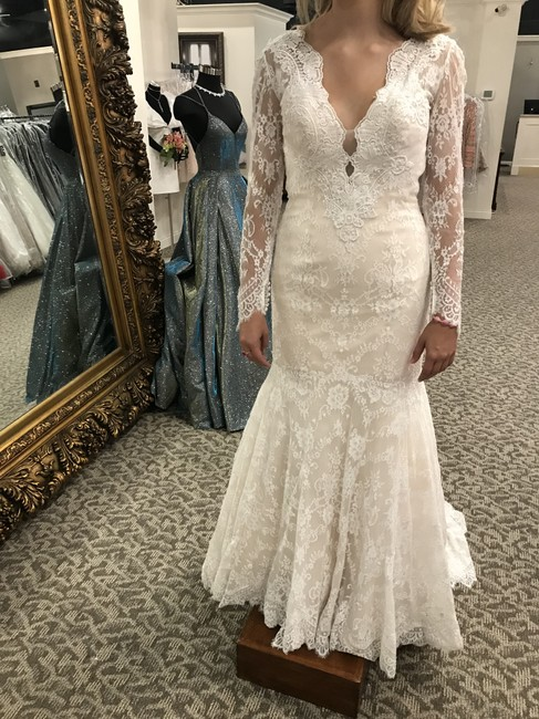 Item - Baby Pink/Ivory Lace 9260 Modern Wedding Dress Size 6 (S)