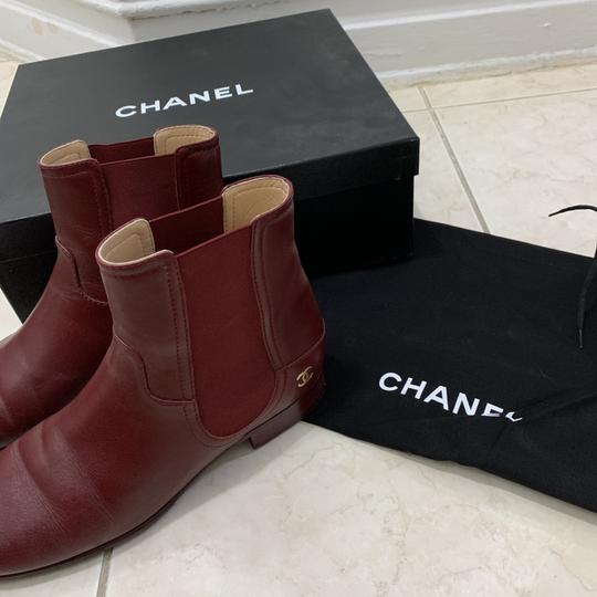 chanel burgendy Boots Image 1
