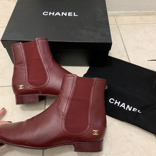 chanel burgendy Boots Image 3