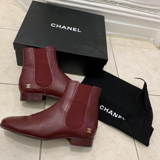 chanel burgendy Boots Image 4