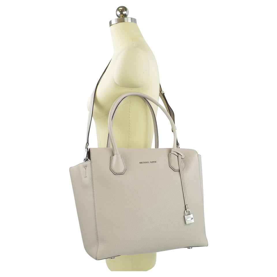 67ae381c8ab9fb Michael Kors Mercer Mercer Large Mercer Large Satchel Tote in Cement Image  7. 12345678