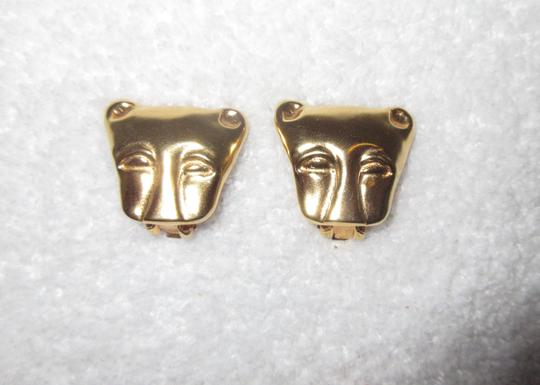 Other MMA NY Museum Clip Earrings Ancient Cat Leopard Jaguar Head Image 1