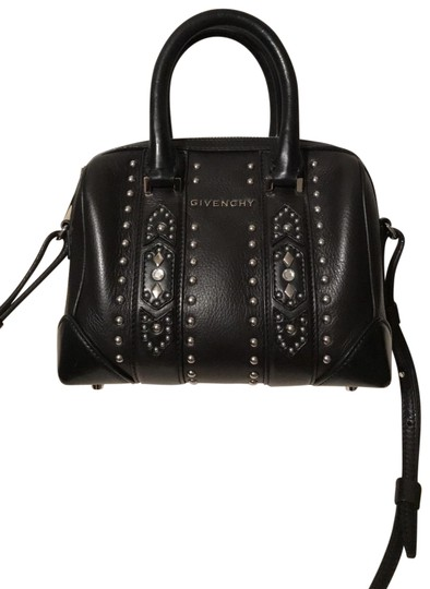 Preload https://img-static.tradesy.com/item/24315039/givenchy-lucrezia-mini-studded-black-and-brown-leather-cross-body-bag-0-1-540-540.jpg