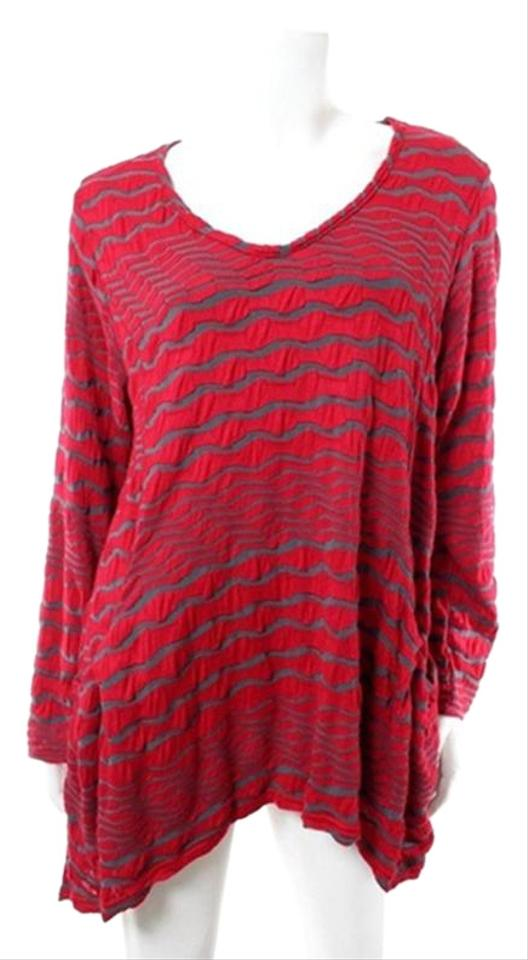4138e2d022673 Red & Gray Crinkle Striped Tunic Size 12 (L) 73% off retail