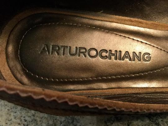 Arturo Chiang Genuine All Leather Spectator Office Brown Pumps Image 10