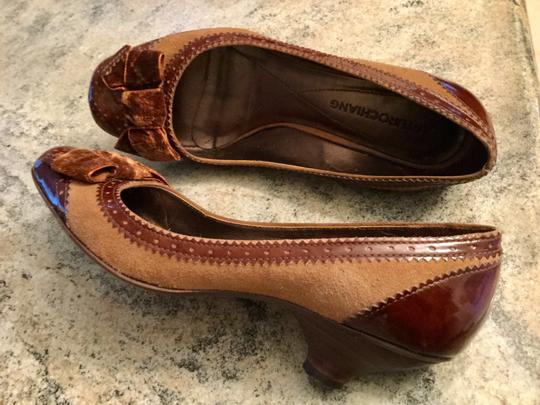 Arturo Chiang Genuine All Leather Spectator Office Brown Pumps Image 6