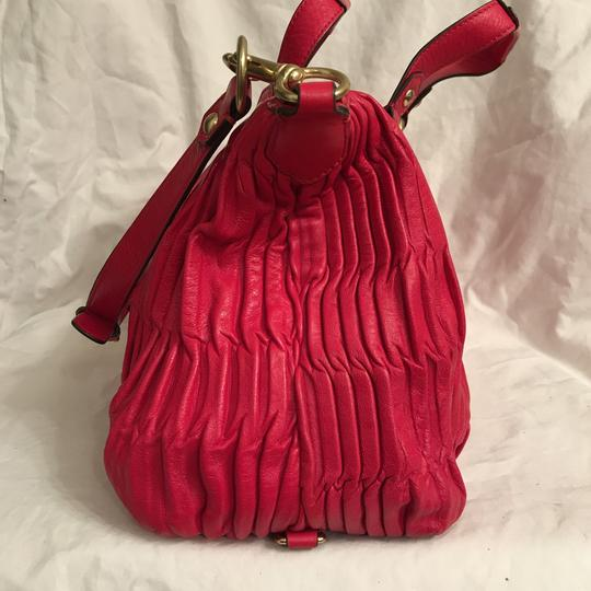 Coach Purse Handbag Shoulder Tote Pleated Satchel in Red Gold Image 4
