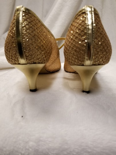 Adrianna Papell Gold Mesh Pumps Size US 7.5 Regular (M, B) Image 3