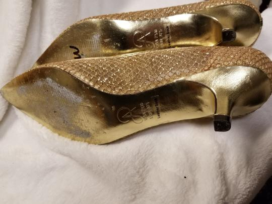 Adrianna Papell Gold Mesh Pumps Size US 7.5 Regular (M, B) Image 6